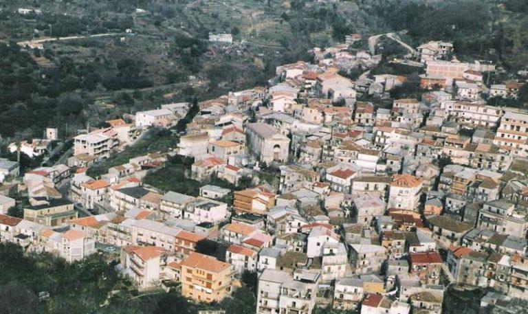 Covid, nuovo focolaio nel Vibonese: 17 casi a San Nicola da Crissa