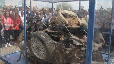 La memoria in marcia: l'auto della scorta del giudice Falcone a Vibo Valentia
