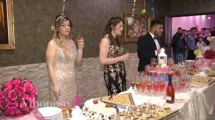 La festa di compleanno dei tre gemelli
