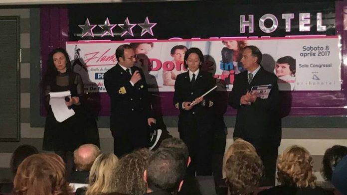 la consegna del premio a Valentina Romanazzi