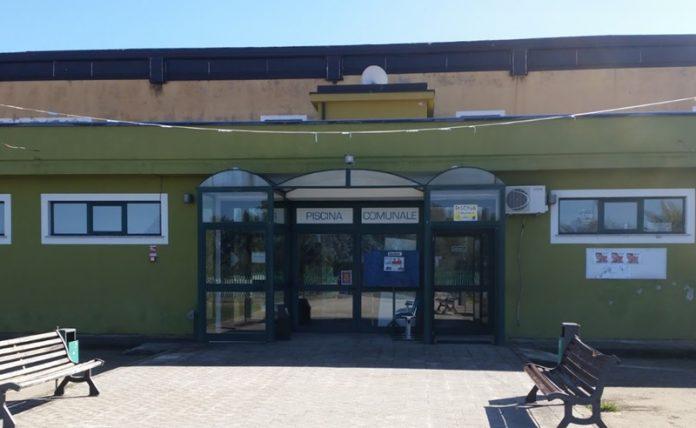 L'ingresso della piscina comunale di Vibo Valentia