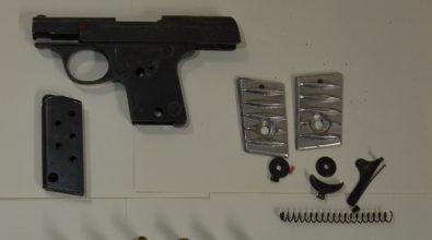 Pistola e munizioni nella falegnameria: un arresto a Vibo