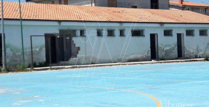Campetto polisportivo a San Costantino: «E' sempre più emergenza degrado»