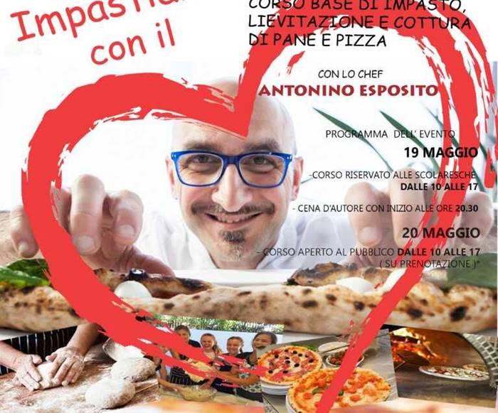 """""""Impastiamo con il cuore"""", lo chef Esposito insegna i segreti della pizza agli studenti vibonesi"""