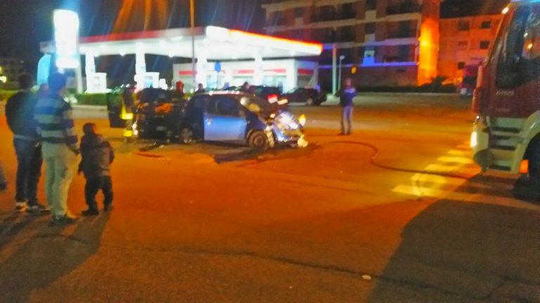 Incidente stradale a Vibo in zona Affaccio: quattro feriti (FOTO)
