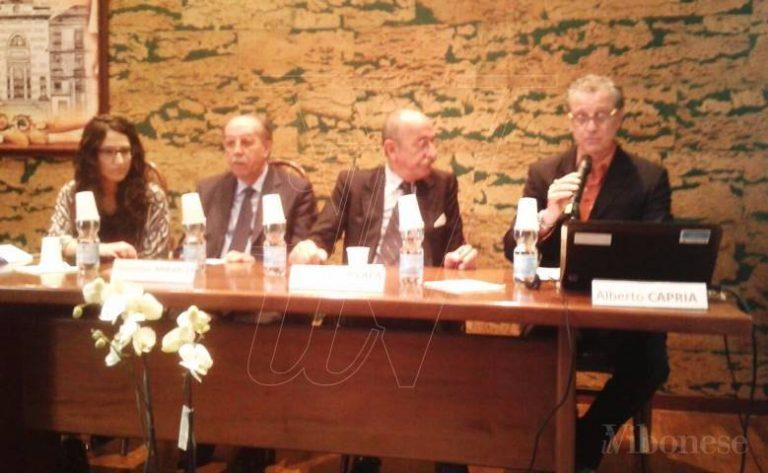 L'ex giudice Ayala a Vibo: «Falcone e Borsellino morti per aver fatto troppo bene il loro lavoro» (VIDEO)