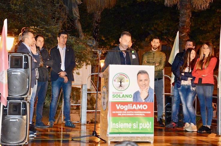 """Comunali, la lista """"SiAmo Stefanaconi"""" in piazza: «Energie e passione al servizio del paese»"""