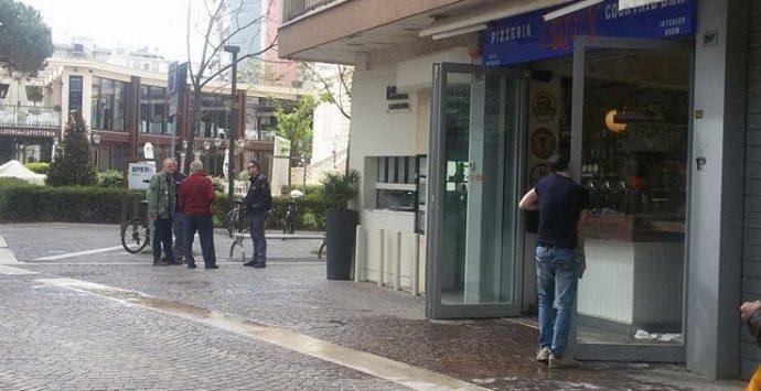 Accoltella padre e figlio e poi evade dai domiciliari: un arresto a Vibo (VIDEO)