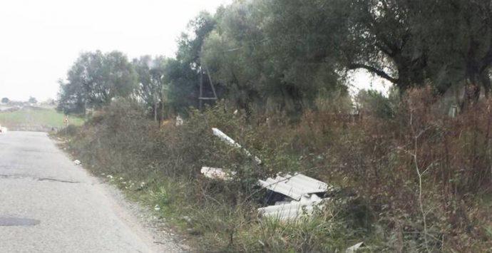 Eternit rimosso lungo la provinciale per San Gregorio, esulta il MeetUp vibonese
