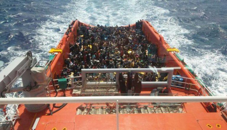 Migranti: in 588 in arrivo domani nel porto di Vibo Marina