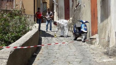 Omicidio a Sorianello: disoccupato 46enne raggiunto da 4 colpi di fucile (VIDEO)