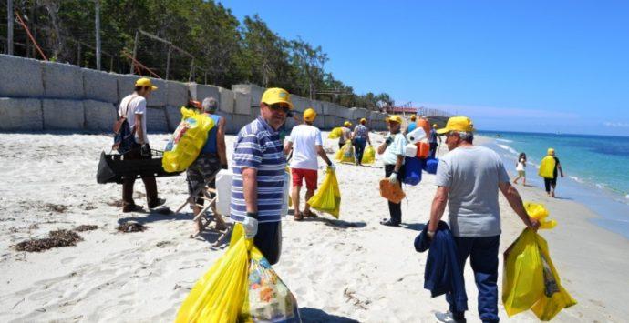 """""""Spiagge pulite"""", si rinnova l'appuntamento a Santa Domenica di Ricadi"""