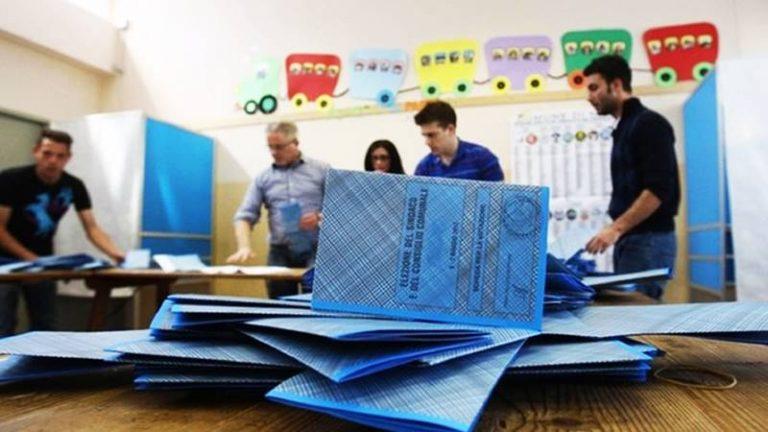 Election Day, nel Vibonese urne aperte per Amministrative e Referendum