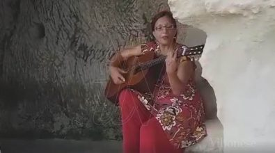 """Musica e cultura, il sito rupestre di Zungri """"invaso"""" dai cantastorie"""