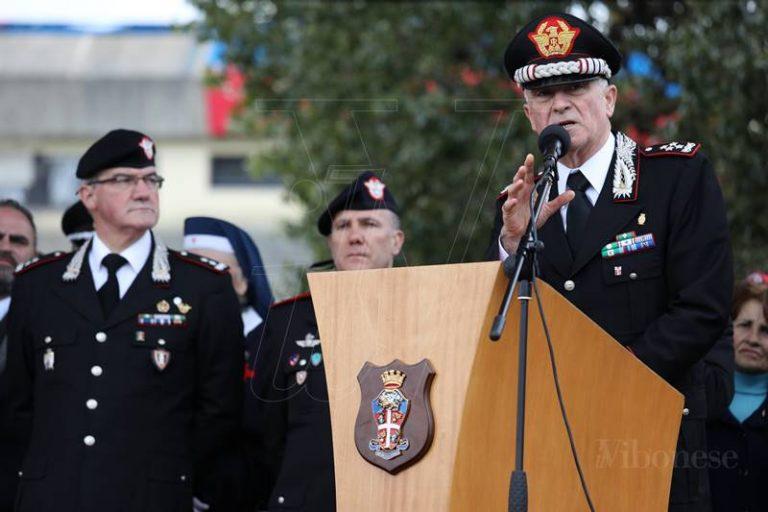 """""""Consegna della bandiera di guerra"""" al Battaglione carabinieri Calabria, a Vibo arriva Del Sette"""