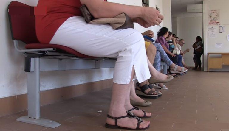 Il Centro per l'impiego di Vibo tra disservizi, sporcizia e stipendi non pagati (VIDEO)
