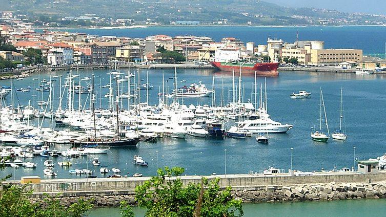 Porti di Reggio Calabria e Vibo, Mangialavori: «Il Governo sblocchi le risorse»