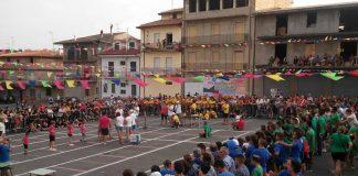 La piazza di San Calogero gremita per i giochi