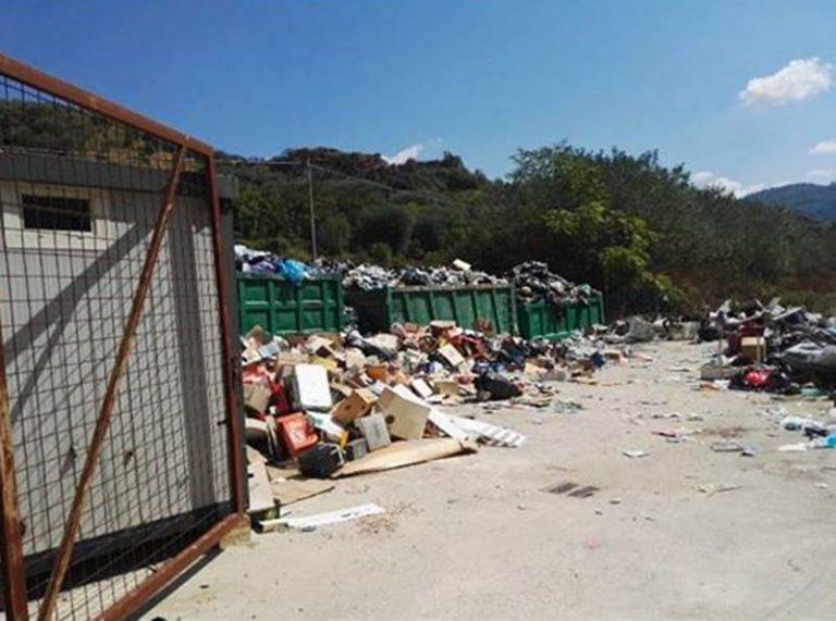 Rifiuti: sequestrata dai carabinieri l'isola ecologica di Pizzoni