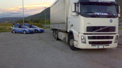 False certificazioni e furto di gasolio, denunce della Polstrada nel Vibonese