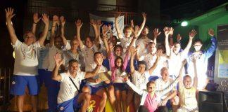 Foto di gruppo sul palco