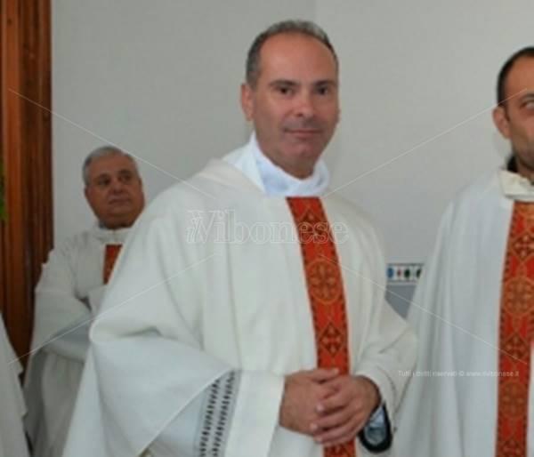 """Il """"sacerdote-architetto"""" don Antonio Preiti nuovo parroco di Caria e Drapia"""