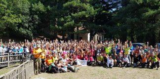 Foto di gruppo al lago Acero