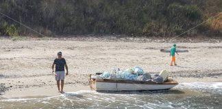Raffaele Massaria sulla spiaggia di Timpa Janca