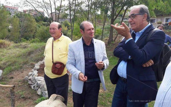 Viscomi con Michele Napolitano (al centro)
