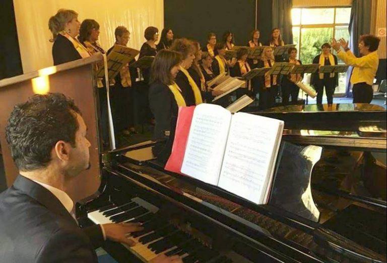 """Musica e beneficenza, la corale """"In-Canto"""" alla Biblioteca comunale di Vibo"""