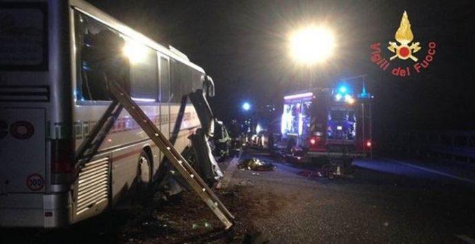 Incidente in autostrada: morta una donna di Vibo Valentia