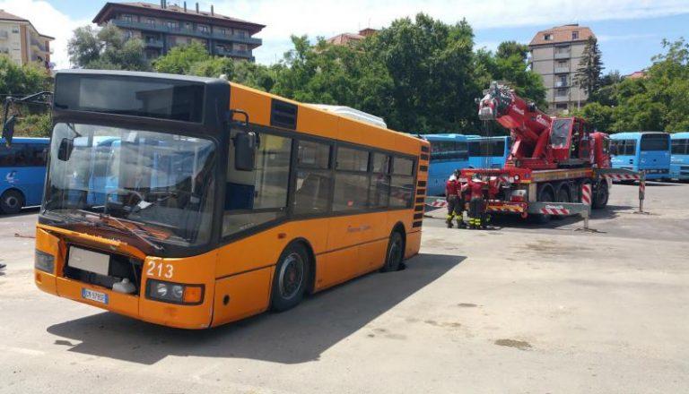 Trasporto con bus a Vibo, servizio carente e soluzioni che fanno discutere