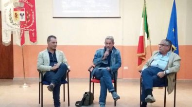 """""""Cambia Calabria"""" a Stefanaconi, il libro di Veltri tiene a battesimo la nuova biblioteca (VIDEO)"""