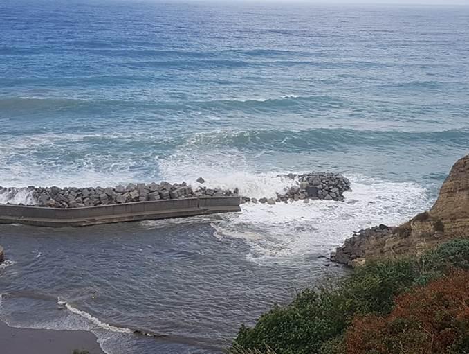 Pizzo Calabro: crolla parte del molo alla Seggiola