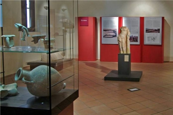 Una sala del museo di Lamezia Terme