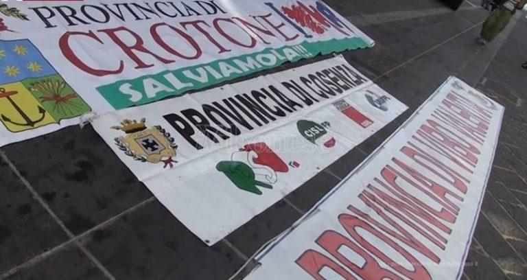 Province in rivolta, a Vibo la mobilitazione regionale (VIDEO)