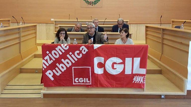 Riordino delle Province, per la Cgil «Vibo è l'emblema del fallimento della riforma» (VIDEO)