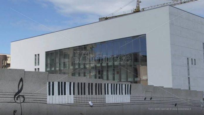 Il cantiere del nuovo teatro comunale di Vibo