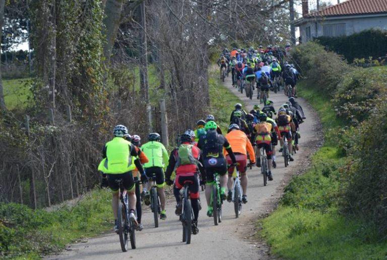 """380 ciclo-escursionisti tra le bellezze del Monte Poro, successo annunciato per """"Onda d'urto"""" (VIDEO)"""