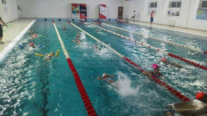 La piscina di Vibo Marina a pieno regime