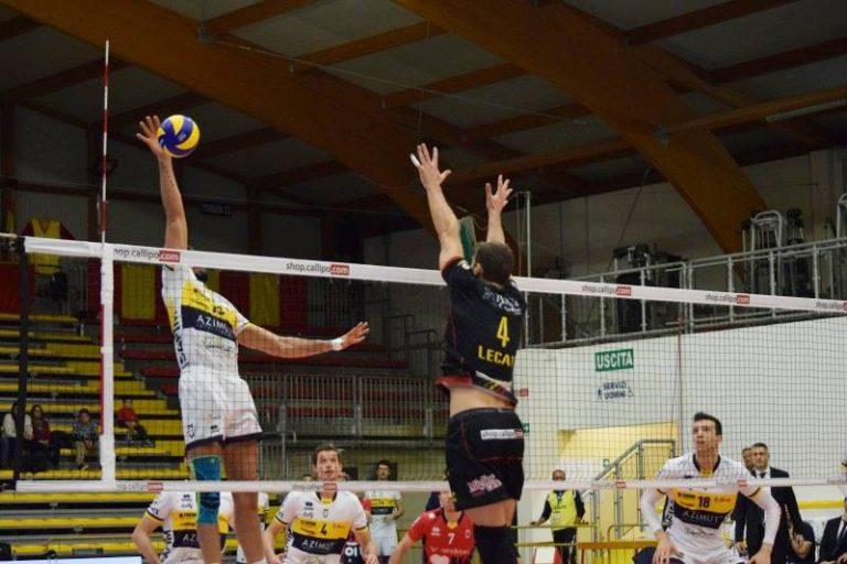 Superlega, al PalaValentia Modena passa in tre set (VIDEO)