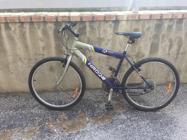 La bicicletta del giovane investito
