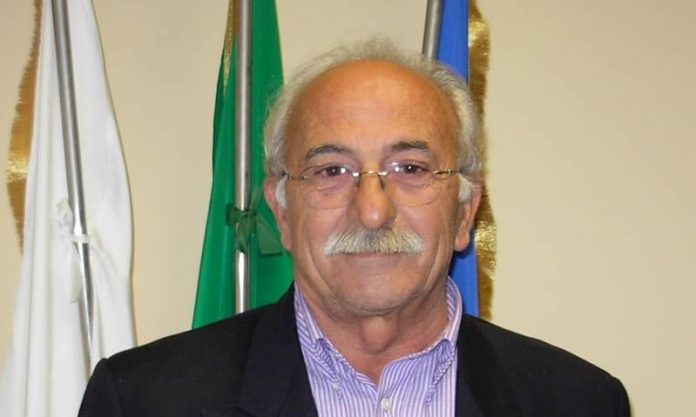 L'ex sindaco Domenico Crupi