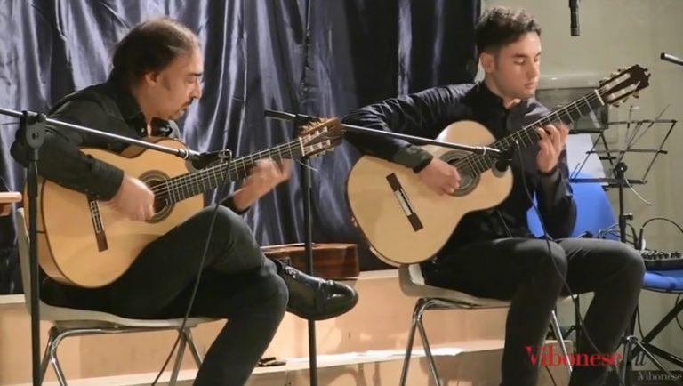 La magia del flamenco a Vibo, Juan Lorenzo e Diego Cambareri strappano applausi a scena aperta (VIDEO)