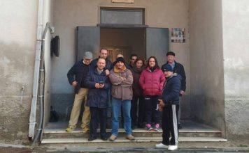 Lsu davanti al Comune di Monterosso