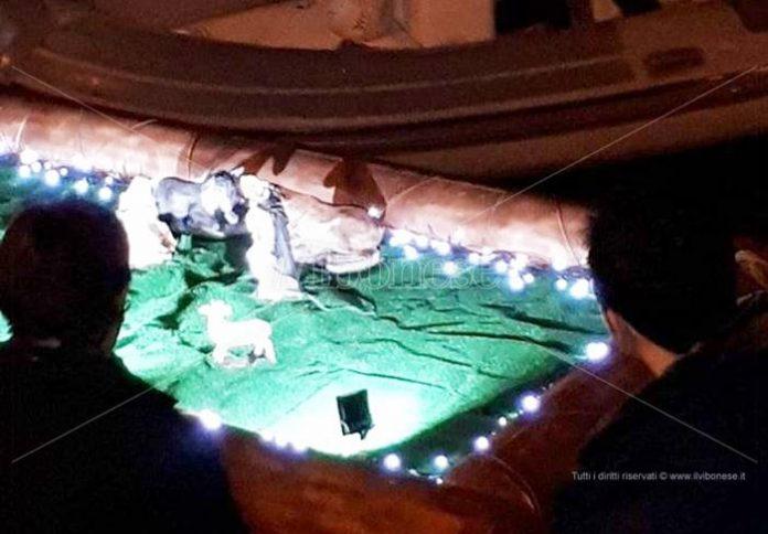 Il presepe galleggiante di Vibo Marina