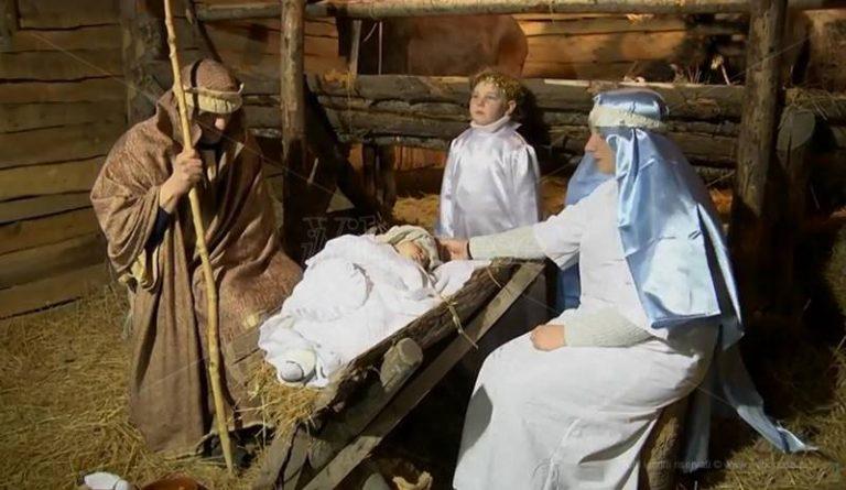 Monsoreto come Betlemme, il presepe vivente regala atmosfere magiche (VIDEO)