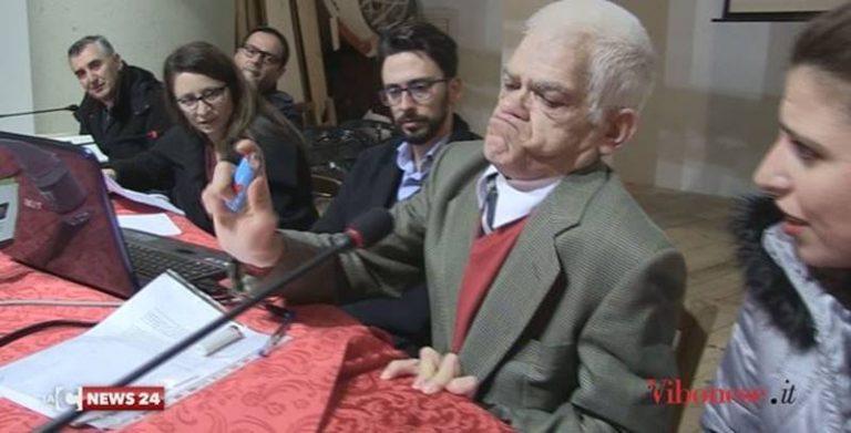 """""""Labirinti"""", a Vena di Ionadi la disabilità spiegata con ironia attraverso gesti quotidiani (VIDEO)"""