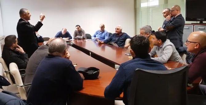 """Lsu-Lpu, cedono anche i sindaci riluttanti: """"Ok"""" al rinnovo dei contratti"""