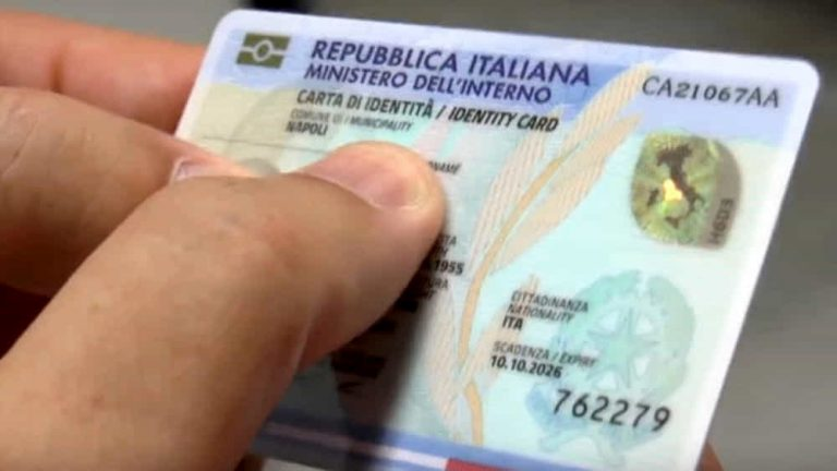 Pizzo, al via il rilascio della carta d'identità elettronica